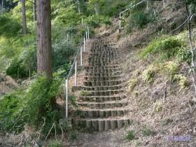 [写真]展望広場への階段