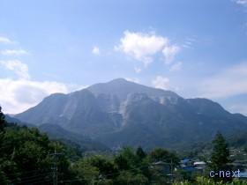 [写真]札所6番からの武甲山