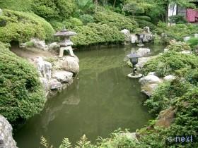 [写真]庭園の池