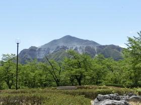 [写真]武甲山