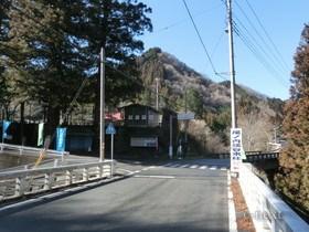 [写真]渓谷入口