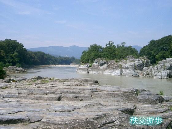 写真:長瀞渓谷の岩畳