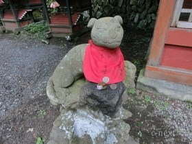 [写真]愛らしい表情の石像