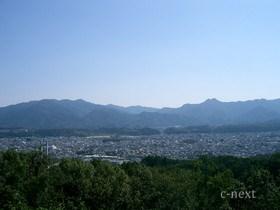 [写真]旅立ちの丘からの眺め