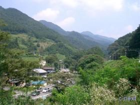 [写真]芦ヶ久保は山あいの里