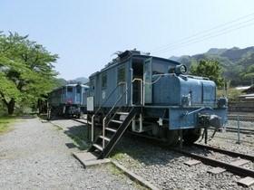[写真]鉄道車両公園の電気機関車