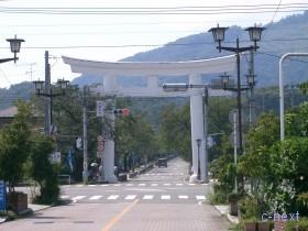 [写真]駅前通り