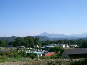 [写真]龍勢櫓そばから見た椋神社方面